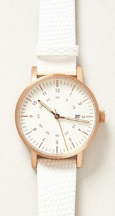 #white and #gold watch  http://rstyle.me/~1LfGz