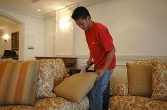شركة+تنظيف+كنب+بالرياض Clean Sofa, How To Clean Furniture, Sofa Cleaning, Home Decor, Places, Clean Couch, Homemade Home Decor, Couch Cleaning, Decoration Home