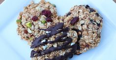 DIY energy bar with rolled oats.  Good for after running.  Looks yummy too.