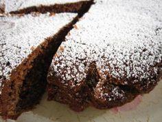 Torta di noci e grano saraceno - ricetta senza glutine