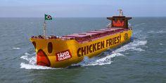 Ficou longe pra voar. Chicken Fries migrando pro Brasil de Navio Frangueiro.   Siga o Diário de Bordo. #chickenfries