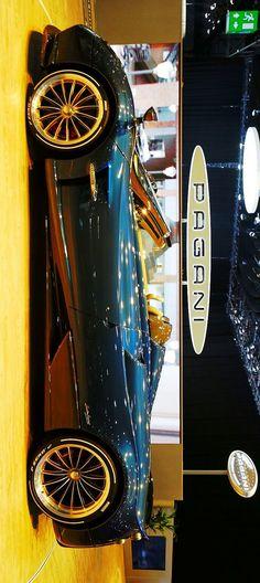 (°!°) Pagani Huayra Roadster #Paganicar