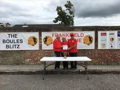 Tricia and Paul Murray, runners up in Frankfield Pétanque Cork Doubles league 19/08/2017. Prize presented by Club Chairman Patrick Ruff