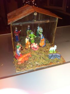 diy nativity set  I made from a wooden crate