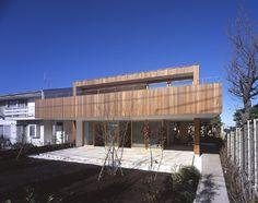 TEZUKA ARCHITECTS.  Tray House.