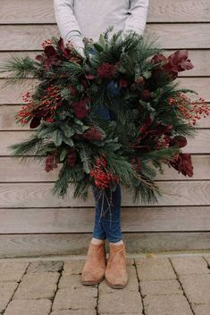 Christmas wreaths weihnachten christmas wreaths bristol florist winter wedding foliage wreath delivery bath five winter wedding shower themes youll love! Christmas Door Wreaths, Christmas Flowers, Holiday Wreaths, Christmas Decorations, Winter Wreaths, Christmas Plants, Spring Wreaths, Summer Wreath, Merry Christmas Eve