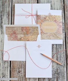 Need a last-minute gift for the traveler in your life? Try out this Printable Vintage Map Stationery Set. This free printable set includes monogram note cards, envelope liners, and vintage map belly bands. This is a versatile and chic stationery set. Diy Stationery Kit, Stationary Set, Personalized Stationery, Wedding Stationery, Wedding Invitations, Vintage Stationary, Monogram Stationary, Invitation Envelopes, Vintage Maps