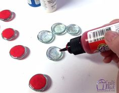 She squeezes paint on Dollar Store gems and the end result is so darn CUTE Coaster Crafts, Old Baskets, Patriotic Decorations, Patriotic Crafts, Holiday Decorations, Kids Wood, Boho Diy, Holiday Crafts, July Crafts