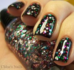 Wet N Wild Party of Five Glitters over black  BN $1.50