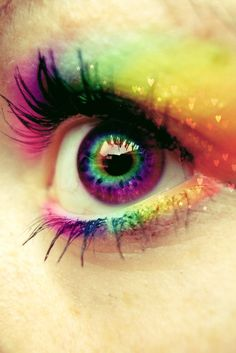 Similar to a rainbow-spectrum look I did for Schroeder's bday party a couple years ago...too rad!