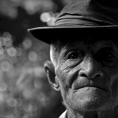 Old man by -clicking-, via Flickr