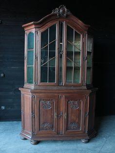 Oak LXV Corner Cabinet