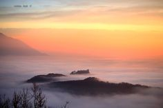 Il castello di Avigliana sembra un'isola (17-01-16 - Foto di Buda Cristian)