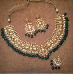 How Clean Gold Jewelry Indian Jewelry Sets, India Jewelry, Bridal Jewelry Sets, Bridal Necklace, Beaded Necklace, Gold Jewelry, Necklaces, Indian Accessories, Chocker Necklace