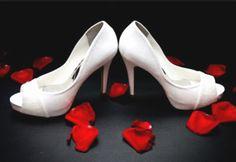 Sapato branco noiva elegante!