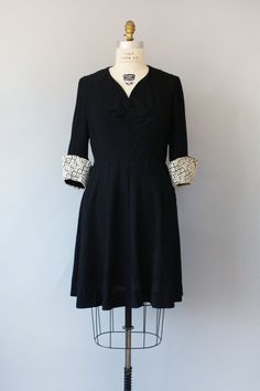 1940s dress / LACE SLEEVES Black Dress / L by friendlyfoxvintage