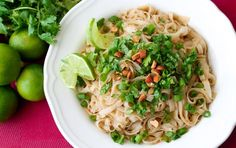 Vegan Pad Thai - Peanut & Gluten Free - The Honour System - Super easy recipe packed with flavour and healthy ingredients. Sin Gluten, Vegan Gluten Free, Gluten Free Recipes, Vegetarian Recipes, Healthy Recipes, Healthy Dinners, Pasta Recipes, Dinner Recipes, Cabbage Recipes