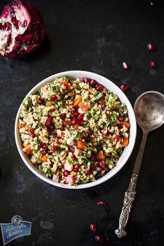 Sałatka z bulgurem i papryką/bulgur salad with red peppers Bulgur Salad, Red Peppers, Cobb Salad, Healthy Life, Food And Drink, Meals, Cooking, Ethnic Recipes, Impreza