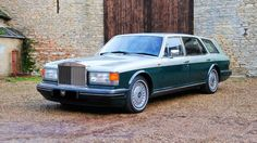 The Flying Spur: 1995 Rolls-Royce Estate