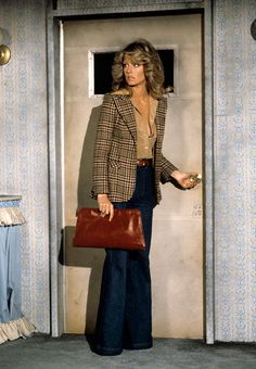 The Show: Style Icons of the Decade - Farrah Fawcett and other defining ladies of fashion, here: Seventies Fashion, 70s Fashion, Fashion History, Look Fashion, Vintage Fashion, Womens Fashion, Fashion Trends, 1970 Style, Style Année 60