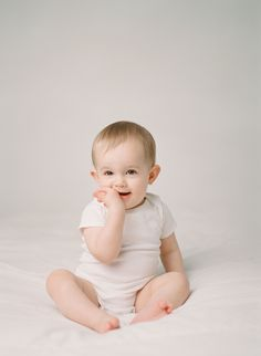 Sandra Coan is an award winning film photographer specializing in studio portraiture and family photography. Studio Lighting Setups, Cute Babies, Baby Kids, Family Photography, Behind The Scenes, Photos, Education, Film, Children
