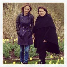 giada de laurentiis and ina garten barefoot contessa stroll through the garden my - Barefoot Contessa Friends