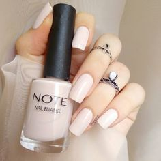 Beige ✨ We talked to nail-care experts in order to discover exactly what you Summer French Nails, Summer Nails, Image Nails, Nailart, Nail Plate, Healthy Nails, Beautiful Nail Designs, Nail Inspo, Wedding Nails