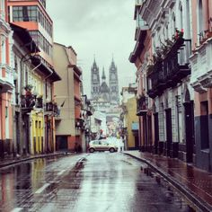 Centro de Quito by Claudia Mesa, via Flickr