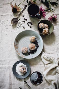 Adrenal energy Balls-Protein rich, nutrient dense and energy packed quick snacks that incorporate your choice of herbal powders, honey and cocoa nibs Raw Desserts, Healthy Dessert Recipes, Vegan Snacks, Healthy Treats, Vegan Recipes, Snack Recipes, Healthy Food, Herb Recipes, Vegan Sweets
