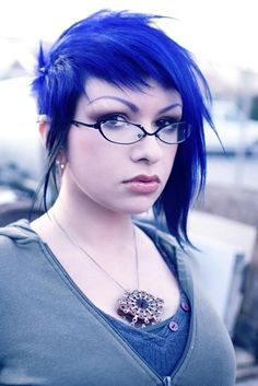 Asymmetrical short blue hair