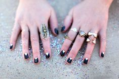 Tuxedo Girl Inspired Nail Art and cute rings! Little Things, Girly Things, Mani Pedi, Manicure, Hair And Nails, My Nails, Tuxedo Nails, New Years Eve Nails, Free People Blog