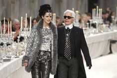 Kayleigh Falcus: Sari Chic at Chanel.  Chanel's 2011 Meiters D' Art Show was held at the Grand Palais, decorated with baskets of mangoes, roses, jasmine & pistachios. Shown is Chanel creative director Karl Largefeld & model Stella Tenant, chosen for her resemblance to vice queen of India, Lady Cruzon. Coco Chanel was influenced by Indian dress styles in the 50s & 60s. kayleigh-falcus.blogspot.com