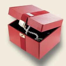 cofres para joyas - Buscar con Google Decorative Boxes, Google, Home Decor, Safe Room, Jewels, Decoration Home, Room Decor, Home Interior Design, Decorative Storage Boxes