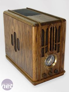 Modern Art Deco Radio looking like a computer case
