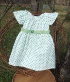 Toddler peasant dress in a size 2 in green dot, spring