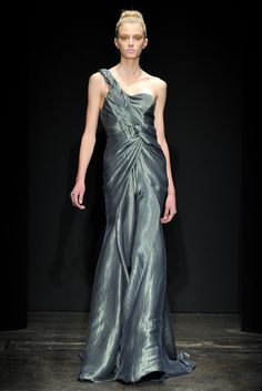 Donna Karan - Fall 2011 Ready-to-Wear - Look 34 of 40