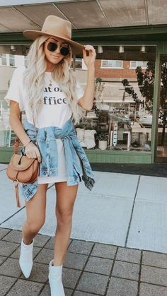 Mode Outfits, Casual Outfits, Fashion Outfits, Womens Fashion, 80s Fashion, Fashion Skirts, Bodycon Fashion, Fashion Hacks, French Fashion