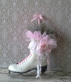 Christmas Ice skate Holiday decor by 6miles