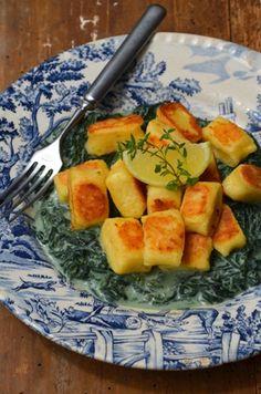 Knusprige Topfen-Zitronen-Gnocchi mit Brennnesselsauce Kraut, Gnocchi, Cantaloupe, Risotto, Pizza, Potatoes, Dinner, Cooking, Sweet