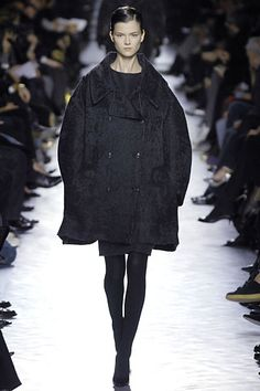 Saint Laurent Fall 2007 Ready-to-Wear - Collection - Gallery - Style.com