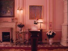 The Grand Budapest Hotel Grand Budapest Hotel, Grand Hotel, Wes Anderson Style, Wes Anderson Movies, Hotel California, Hotel Interiors, Pink Houses, Retro, Decoration