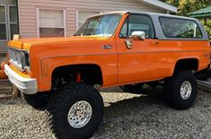 Chevrolet 4x4, Chevy 4x4, Classic Chevrolet, Lifted Chevy, Classic Chevy Trucks, Chevy Blazer K5, K5 Blazer, Truck Seat Covers, Square Body