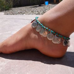 I totally love this ankle bracelet and am going to be tempted to make one just like it