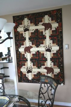 Incredible photo - go to our articles for additional tips! Small Quilts, Mini Quilts, Wildlife Quilts, Bear Paw Quilt, History Of Quilting, Country Quilts, Quilt Border, Quilting Projects, Quilting Ideas