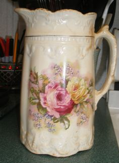VTG CERAMIC TRANSFERWARE PITCHER PINK/YELLOW ROSES & LAVENDER LEAF GOLD GILT