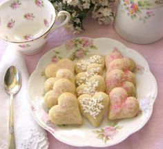 These tea cookies look so yummy...
