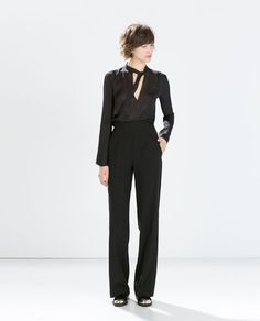 High-waisted wide trouser