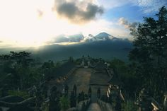 Pura Lempuyang is truly one of Bali's hidden gems. Located near the diving hotspots of Amed and Tulamben, the six temples of Lempuyang stand high in the hills facing the majestic Gunung Agung, and were originally constructed in AD90.