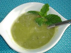 Green Pea Soup: PROTEIN MEAL FOR BODYBUILDING DIET AND WEIGHT LOSS Here is another meat-free, quick and easy protein rich dinner for bodybuilding diet or any weigh-loss diet. Its nice because you would usually have the ingredients on hand and its i