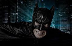 Flugmausmann.  Ein Fun-Shoot mit Freunden... Batman, Superhero, Pictures, Fictional Characters, Art, Photos, Art Background, Kunst, Performing Arts